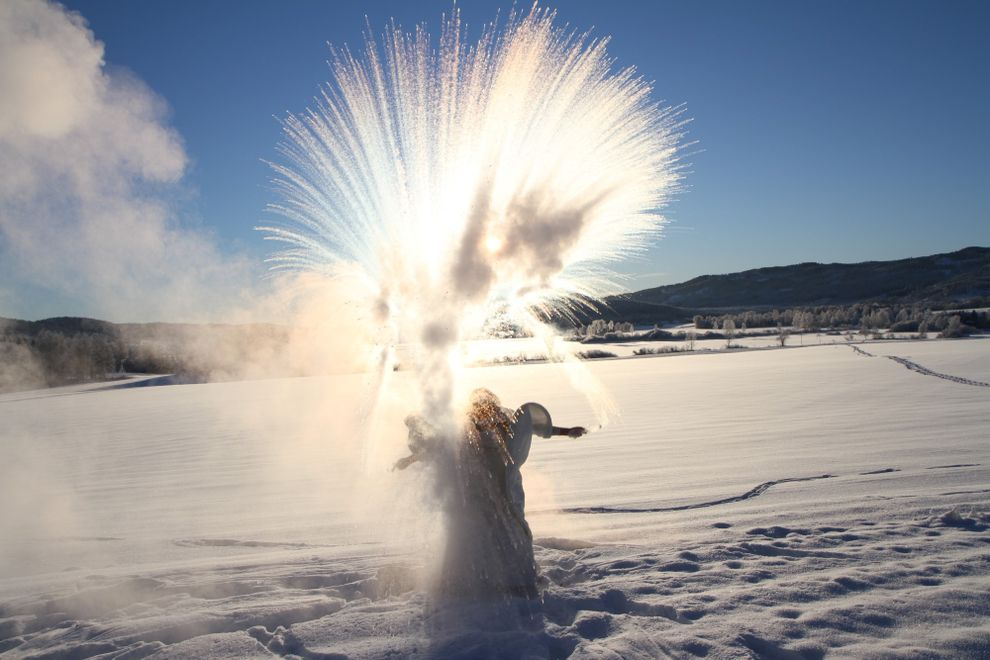 Thow boiling water in the air snow heartshaped bride